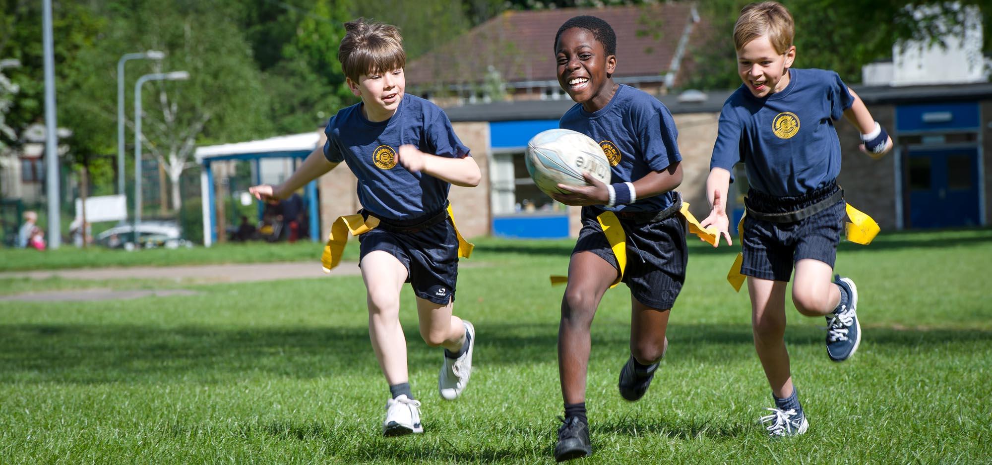 boys-running-rugby