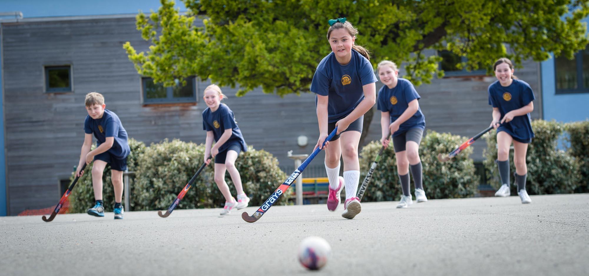 children-playing-hockey-1