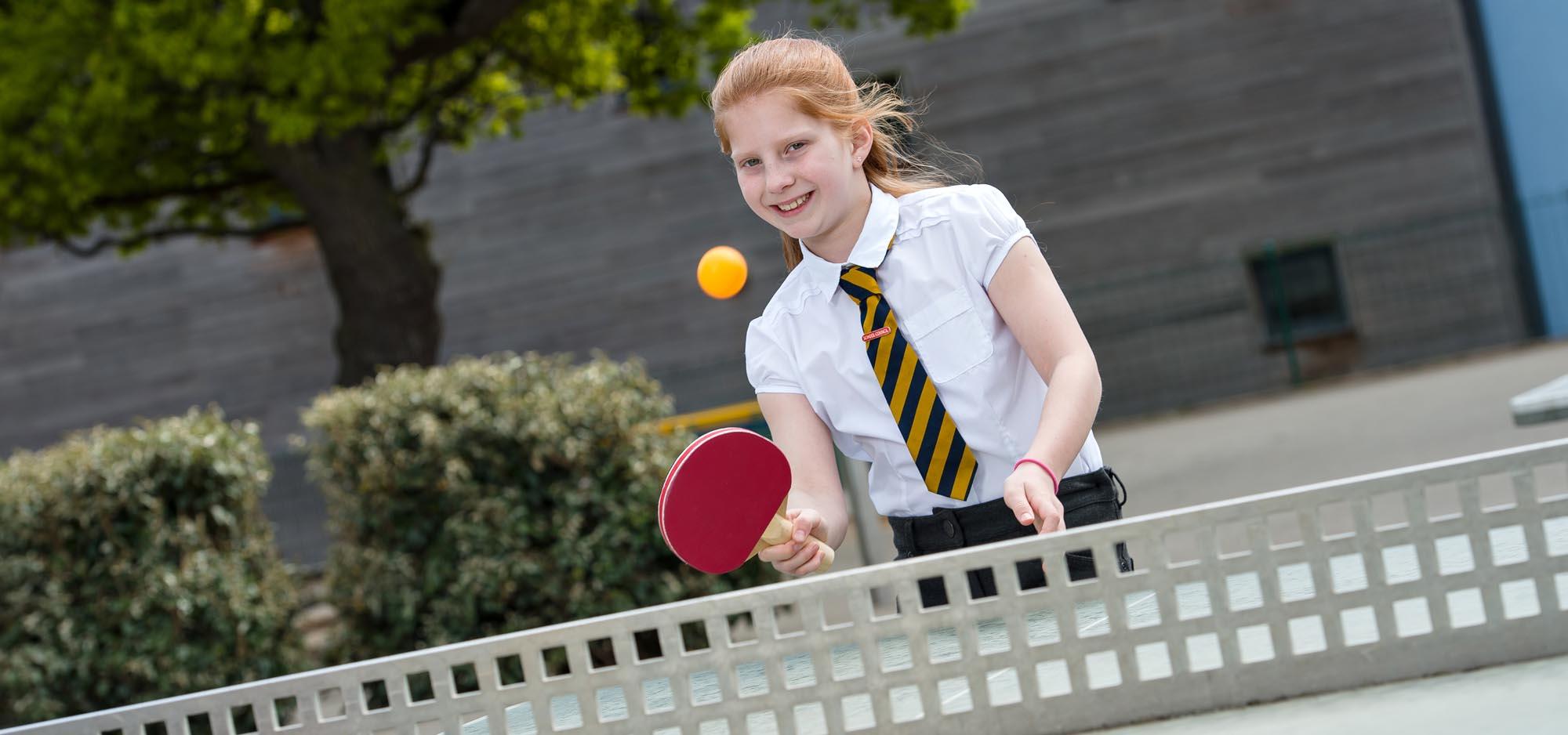girl-playing-table-tennis